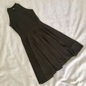 Dresses & Skirts - OFFERS WELCOME ⭐️ NEW Little Black Dress